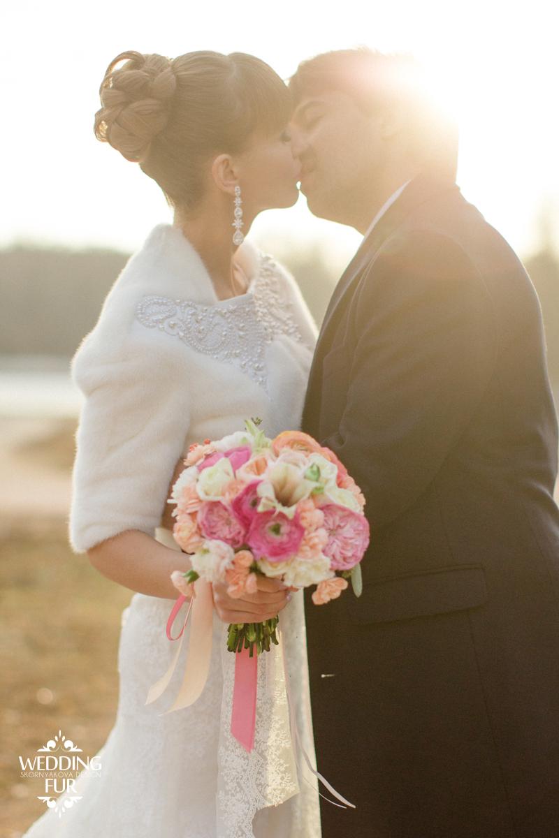 Свадебная шубка из норки для невесты