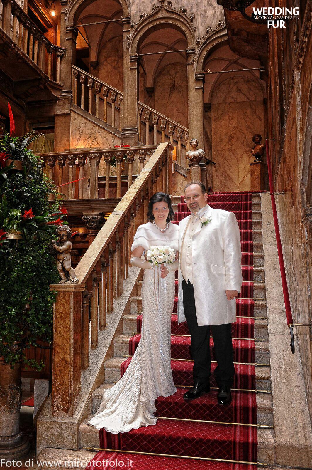 Свадьба в Италии. Меховая накидка для невесты