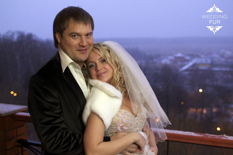 Свадебное болеро шубки и накидки Москва для невесты на свадьбу купить