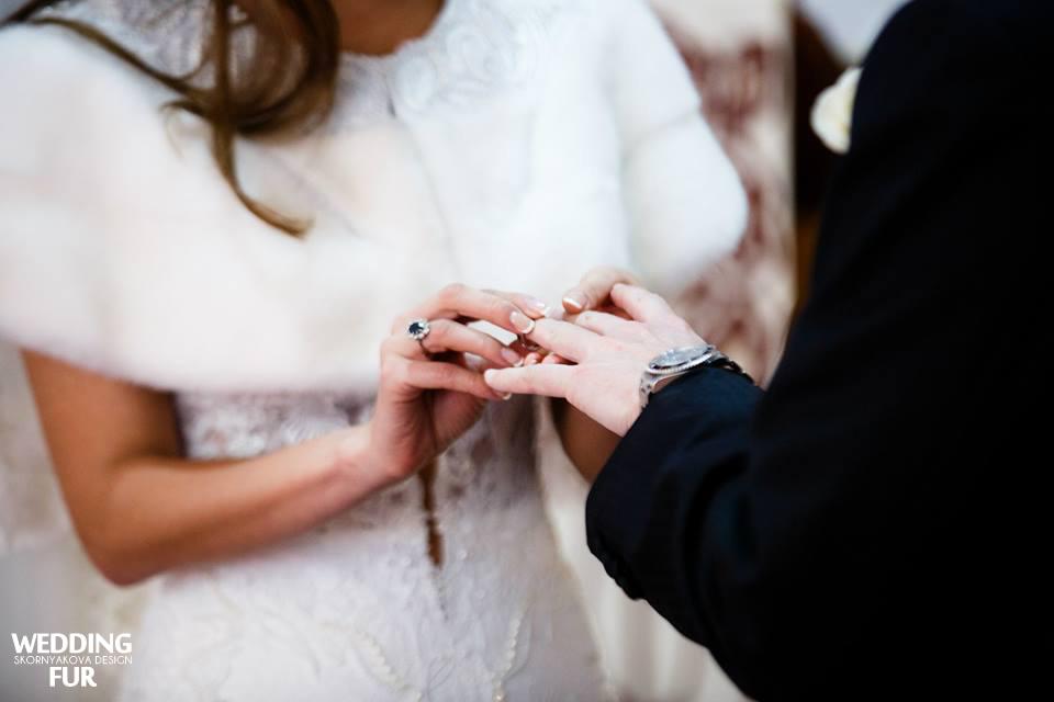 Меховые норковые накидки на свадебное платье